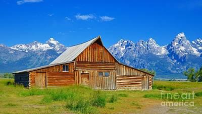 Photograph - Mormon Row Barn 1 by Chalet Roome-Rigdon