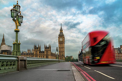 Bus Photograph - Morning Bus In London by James Udall