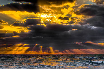 Hobe Photograph - Morning Drama by Debra and Dave Vanderlaan