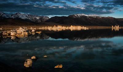 Photograph - Morning Light At Mono Lake by Ralph Vazquez