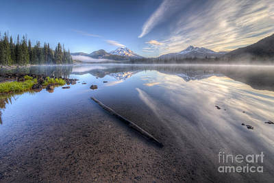 Bend Oregon Photograph - Morning Light At Sparks Lake by Twenty Two North Photography