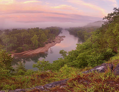Photograph - Morning Mist At Owl's Bend by Robert Charity