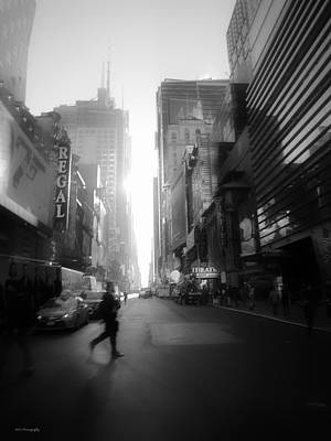 Photograph - Morning Walk In Ny by Ross Henton