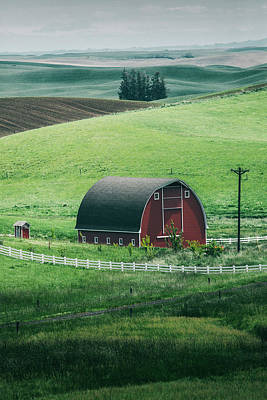 Moscow Barn Art Print by Vincent James