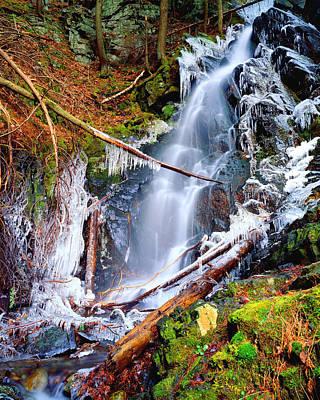 Mossy Cascade Falls Art Print