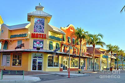 Motel On Fort Myers Beach Florida Art Print by Timothy Lowry