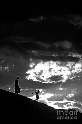 Photograph - Mother And Daughter Silhouetted by Jim Corwin