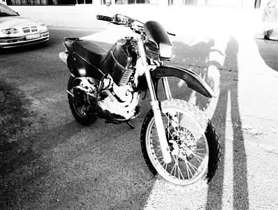 Photograph - Motor by Dora Hathazi Mendes