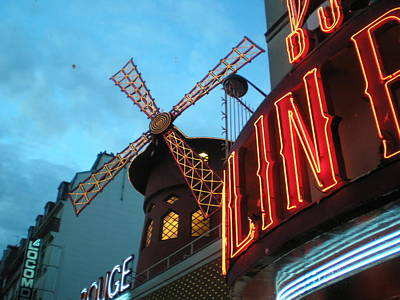 Nightlife Mixed Media - Moulinrouge At Dusk by Shannon Llewellyn
