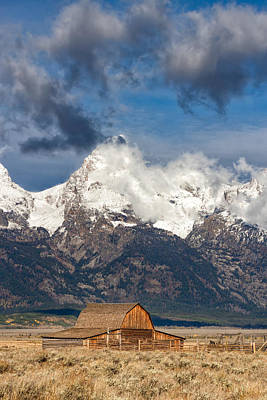 Photograph - Moulton Barn And Mountain Majesty by Kathleen Bishop