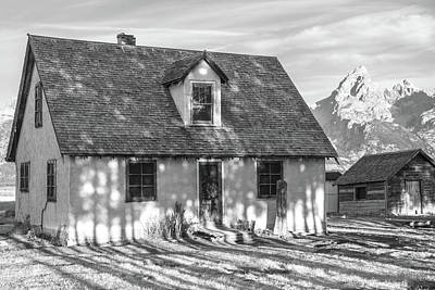Photograph - Moulton Homestead - Pink House by Colleen Coccia