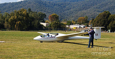 Photograph - Mount Beauty Glider At The Club by Joy Watson