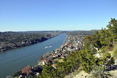 Photograph - Mount Bonnell by Andrew Dinh