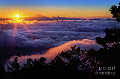 Mount Constitution Sunrise Print by Inge Johnsson