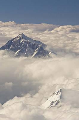 Mount Everest Art Print by Photo 24