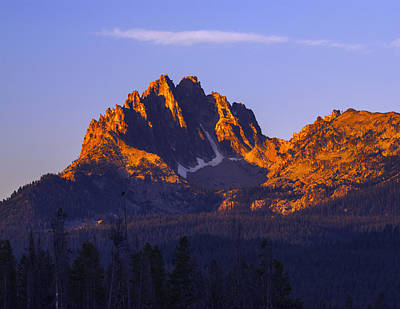 Photograph - Mount Heyburn Illuminated By First Light In Stanley Idaho Usa by Vishwanath Bhat