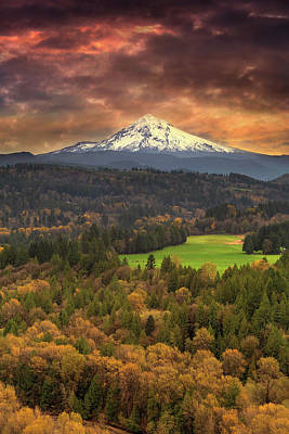 Farmland Photograph - Mount Hood At Sandy River Valley In Fall by David Gn