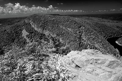 Photograph - Mount Minsi From Mount Tammany by Raymond Salani III