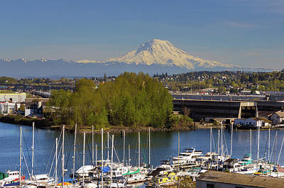 Wall Art - Photograph - Mount Rainier From Thea Foss Waterway In Tacoma by David Gn