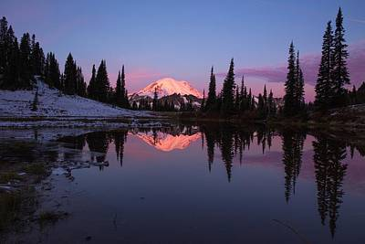 Photograph - Mount Rainier Glow And Reflection by Lynn Hopwood