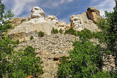 Photograph - Mount Rushmore National Memorial South Dakota  -  Mtrush004 by Frank J Benz