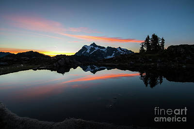 Photograph - Mount Shuksan Arc Of Light Reflected by Mike Reid