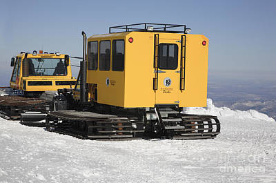 Snow Cat Photograph - Mount Washington State Park - White Mountains New Hampshire  by Erin Paul Donovan