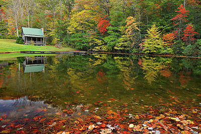 Photograph - Mountain Cabin On The Pond by Alan Lenk