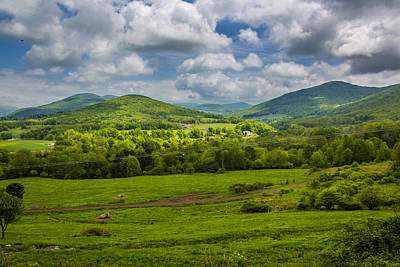 Mountain Field Of Greens Art Print