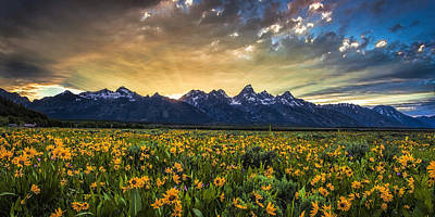 Teton Photograph - Mountain Rays Panorama by Andrew Soundarajan