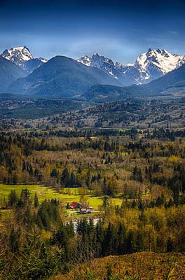 Photograph - Mountain View by Dick Pratt