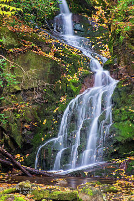 Photograph - Mouse Falls by Peg Runyan