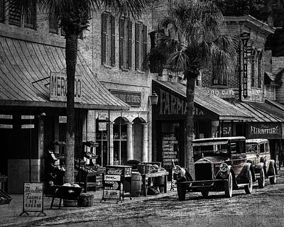 Photograph - Movie Set Brunswick, Ga by Jim Ziemer
