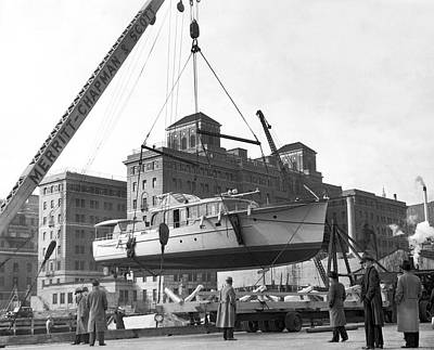 Photograph - Moving A Yacht by Underwood Archives