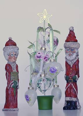 Mr. And Mrs. Santa Claus Art Print by Quwatha Valentine