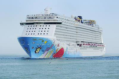 Photograph - Ms Norwegian Breakaway by Bradford Martin