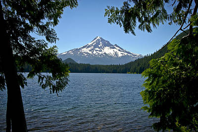 Mt Hood Over Lost Lake Art Print