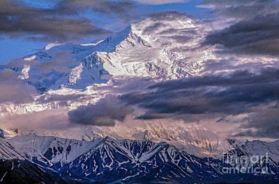 Photograph - Mt Mckinley 20,320 Feet_15ta by Doug Berry