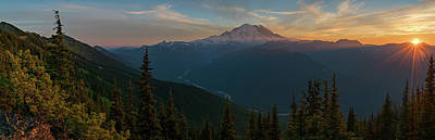 Mt Rainier Sunset Glow Art Print