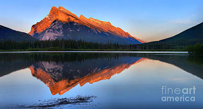 Photograph - Mt Rundle Sunset by Adam Jewell
