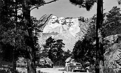 Mount Rushmore Photograph - Mt Rushmore by American School
