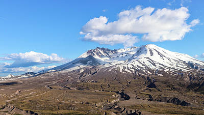 Robert Bellomy Royalty-Free and Rights-Managed Images - Mt Saint Helens by Robert Bellomy