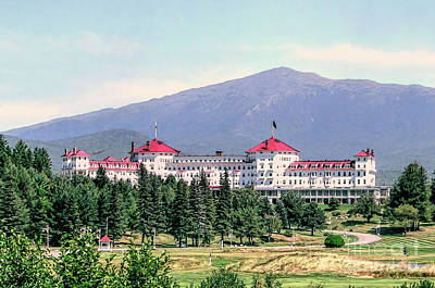 Photograph - Mt Washington Hotel by Janice Drew