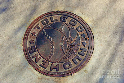 Photograph - Mud Hens Man Hole Cover 5103 by Jack Schultz