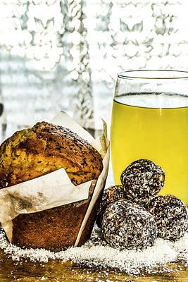 Photograph - Muffin Break 4 by Naomi Burgess