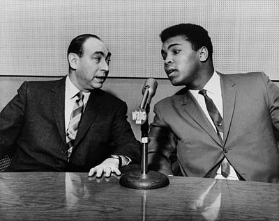Muhammed Ali And Howard Cosell Art Print by Everett