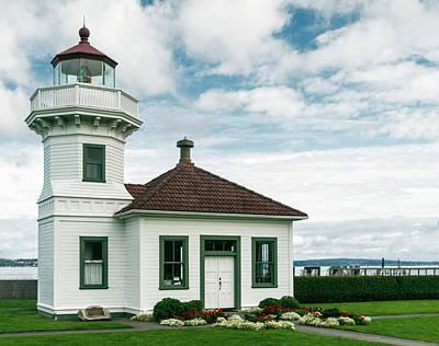 Photograph - Mukilteo Lighthouse by Ed Clark