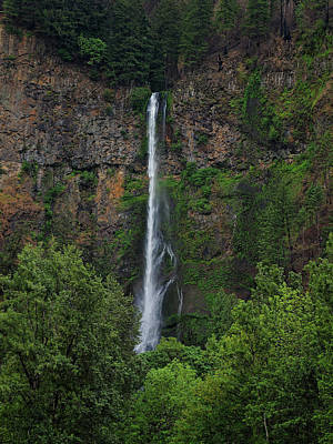 Photograph - Multnomah Falls 4 by Thomas Hall
