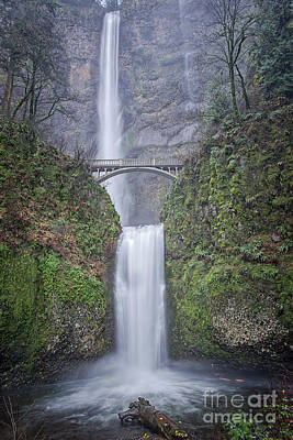 Photograph - Multnomah Falls by Craig Leaper