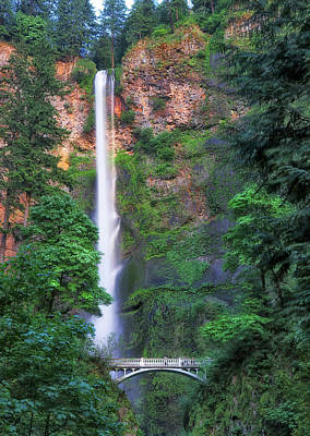 Robert Bellomy Royalty-Free and Rights-Managed Images - Multnomah Falls Portland Oregon by Robert Bellomy